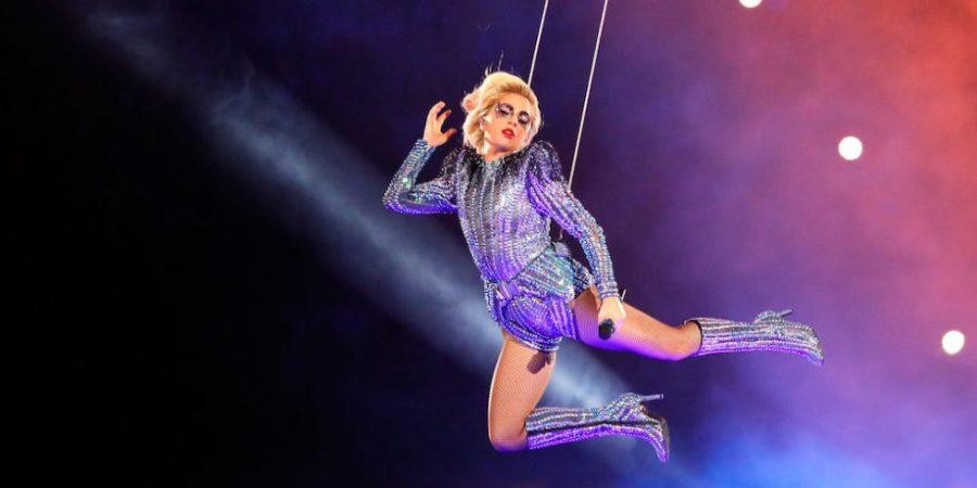 Gaga stuns world with halftime performance