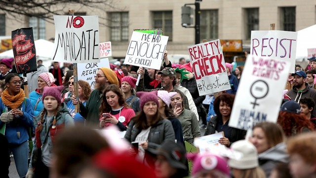 Womens Marches draw in thousands around world